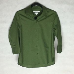 Foxcroft Wrinkle Free Green Button Up Shirt